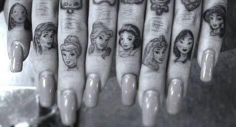dedos tatuajes13
