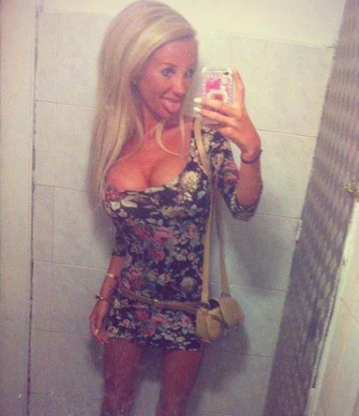 middle_eastern_girls_who_think_they_look_hot_but_are_not_640_23