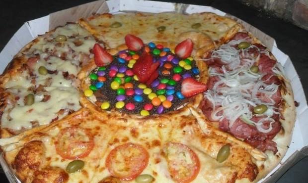 Las 13 pizzas m s locas y picas del mundo de s lo for Mundo pizza la algaba