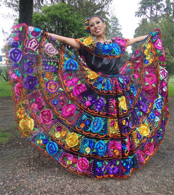 122e47972 12 Hermosos vestidos tradicionales de diferentes partes del mundo ...