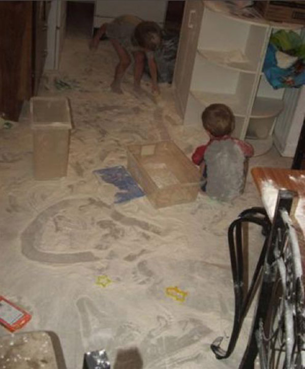 More-kids-making-a-real-mess17