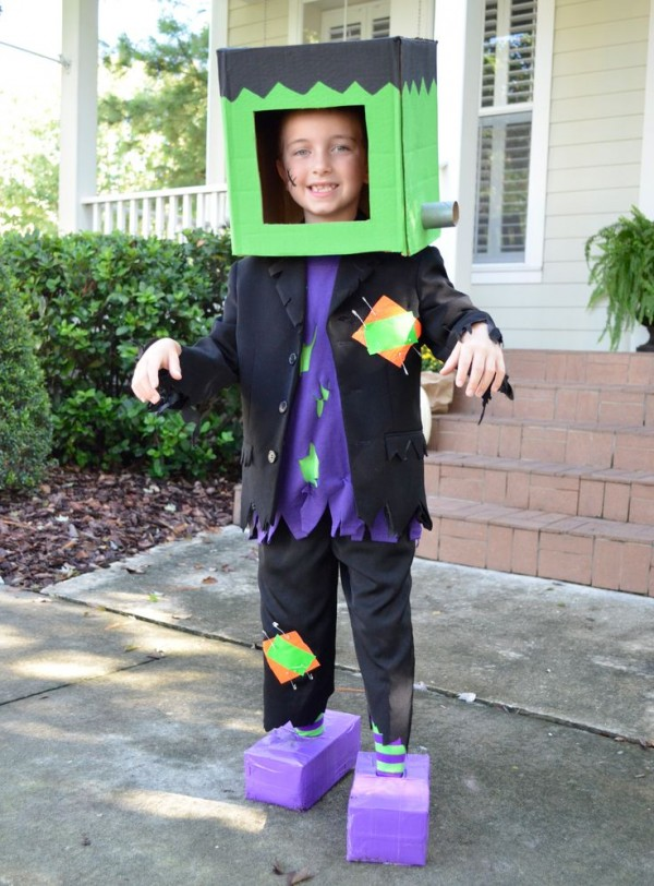 costumes box21