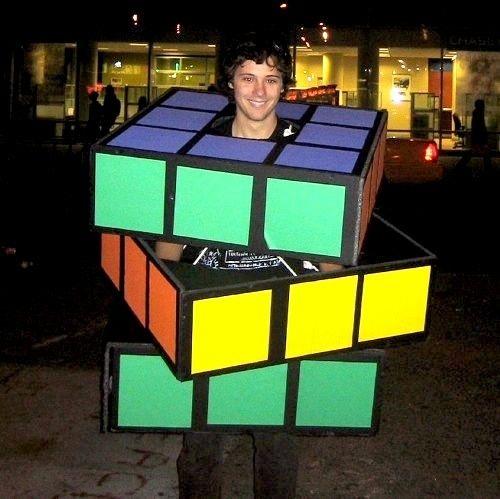 costumes box25
