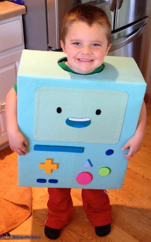 costumes box5