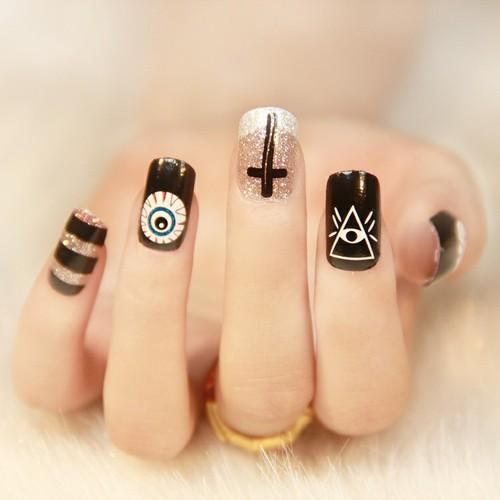 crazy nails21