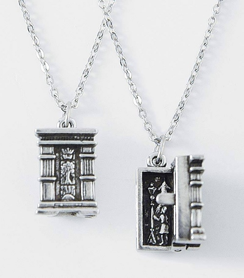 movies jewelry2
