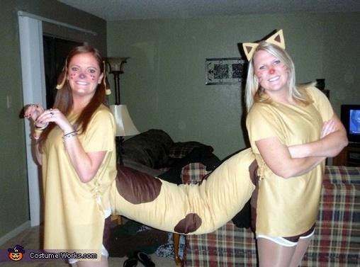 costumes23