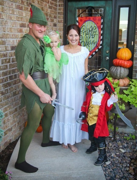 family costumes10
