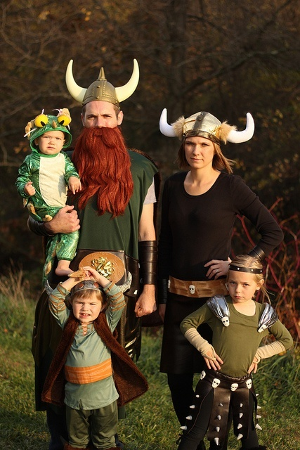 family costumes12