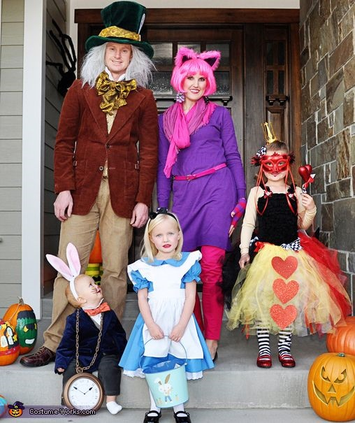 family costumes4