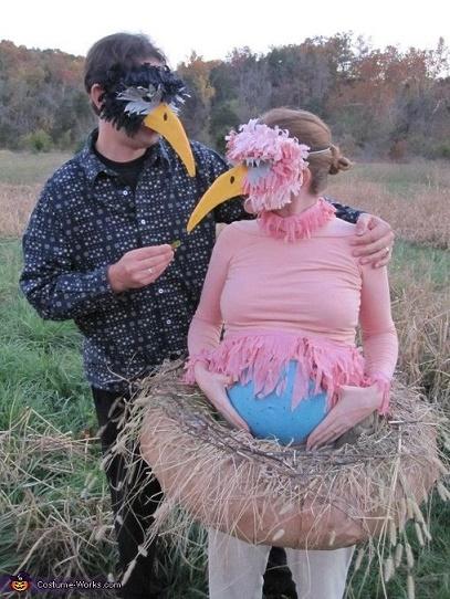 pregnant costumes10