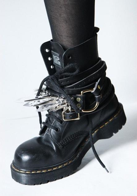 strange shoes10