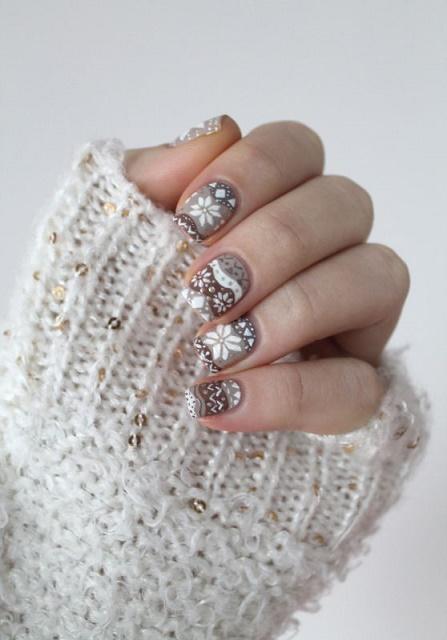 Christmas nails5