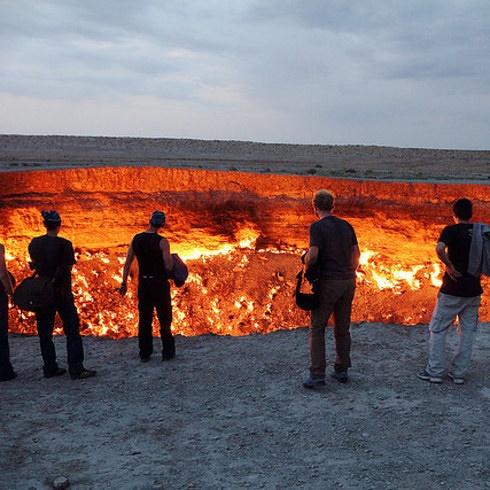 La Puerta al Infierno en la Provincia de Ahal, Turkmenistán.