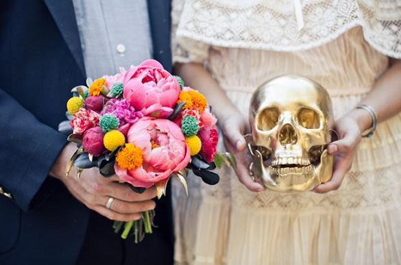 Thematic halloween wedding11