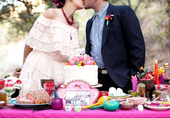 Thematic halloween wedding15