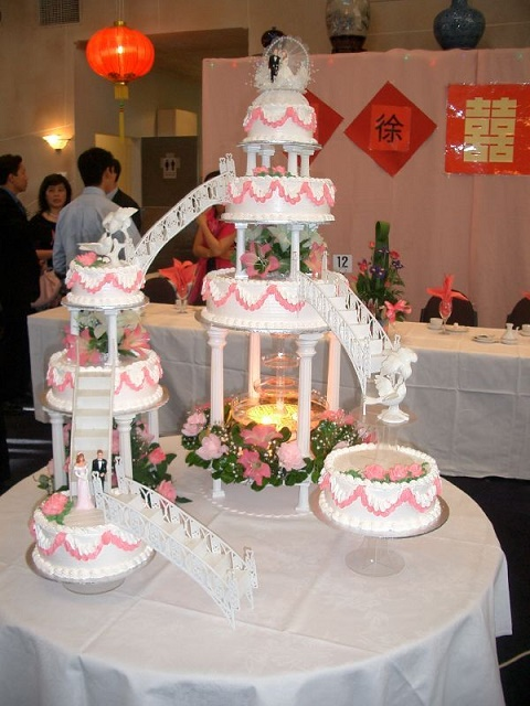 Unusual Wedding Cakes14