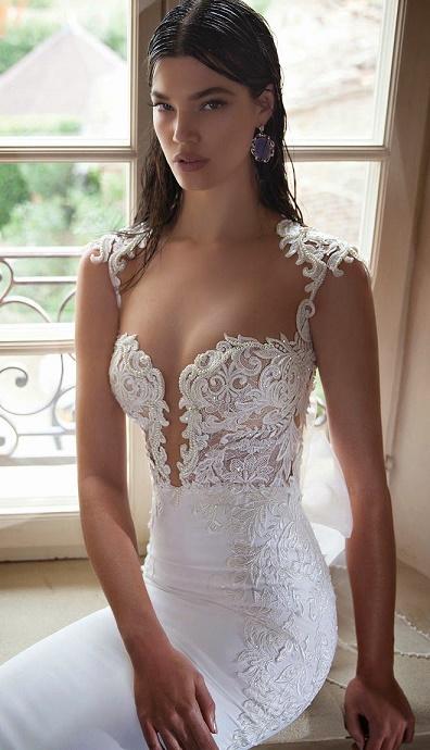 daring dresses12
