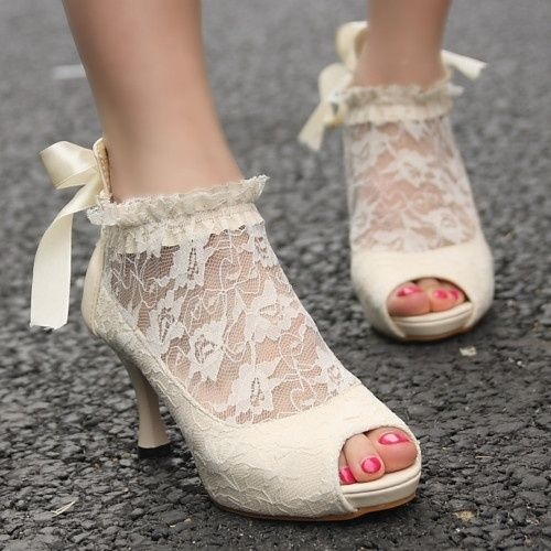 lace bridal boot11