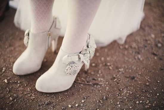 lace bridal boot24