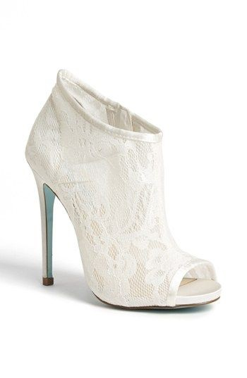 lace bridal boot6