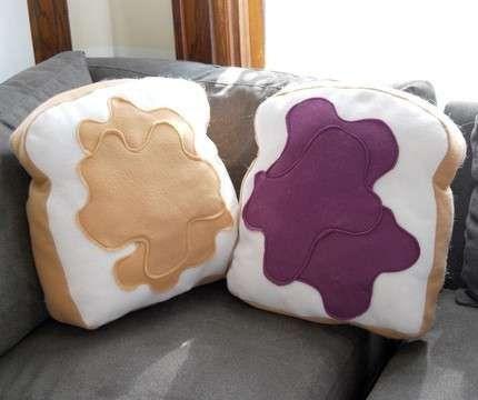 romantic pillows13