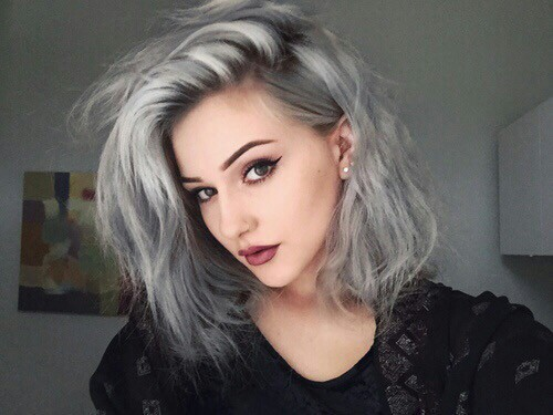 cabello mujeres gris
