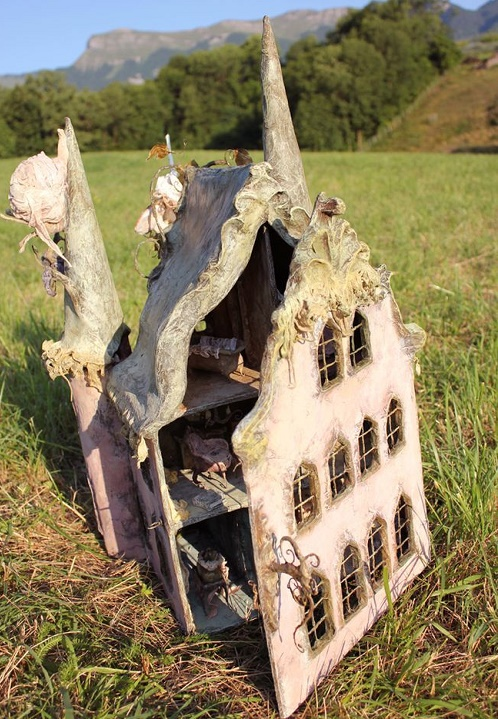 doll houses12