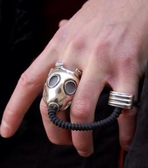 futuristic accessories13