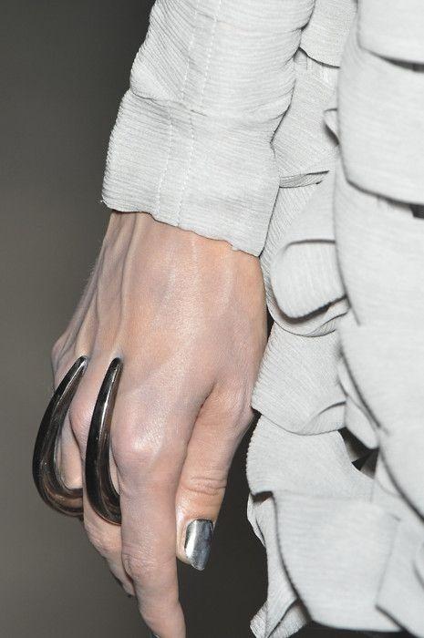 futuristic accessories9