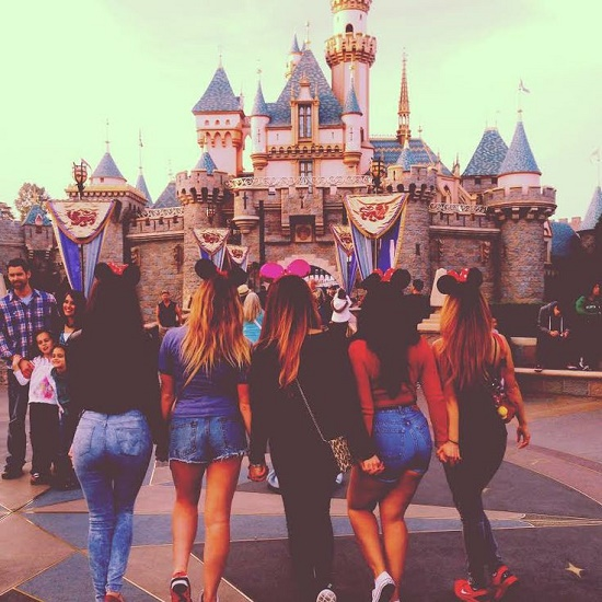 disneyland photoshoot8