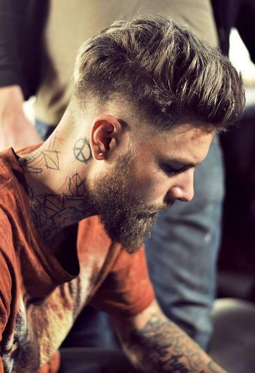 tatuado barba
