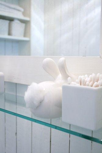 Details to Banish Boring Bathrooms14