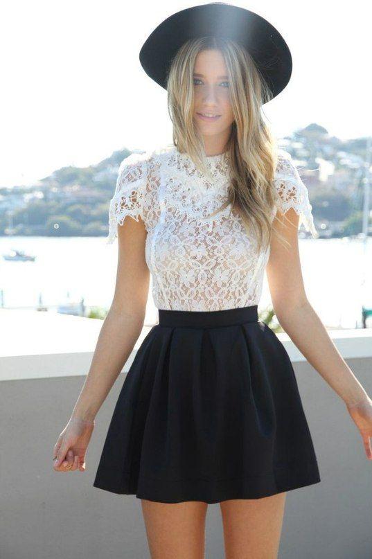 falda-negra-blusa-crochet