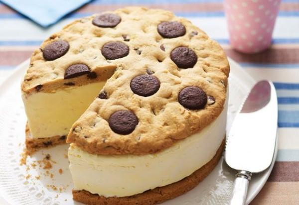 giant desserts13