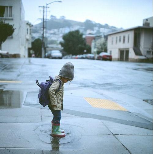 niños en la lluvia12