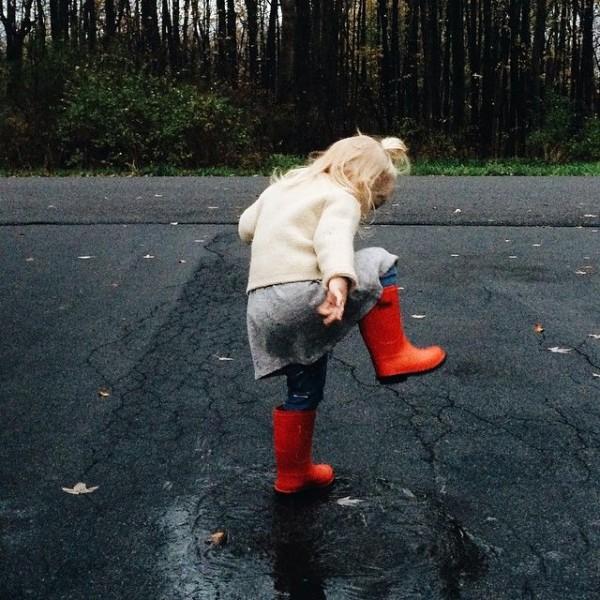 niños en la lluvia16
