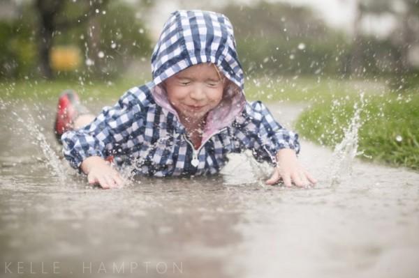 niños en la lluvia19
