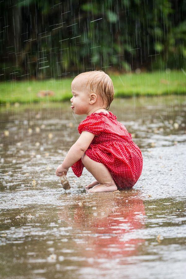 niños en la lluvia7