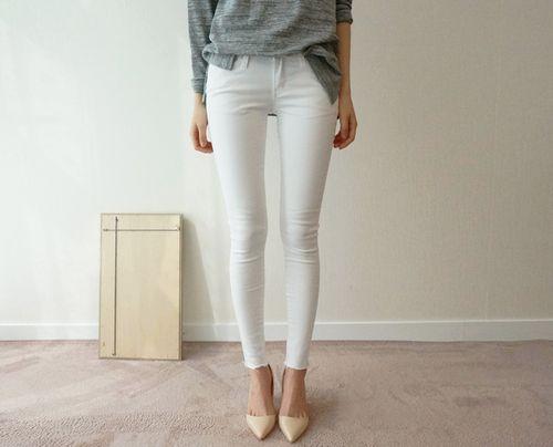 minimalist outfits15