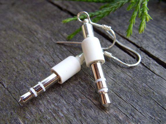 plug-earrings