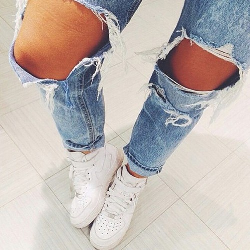 ripped jeans2