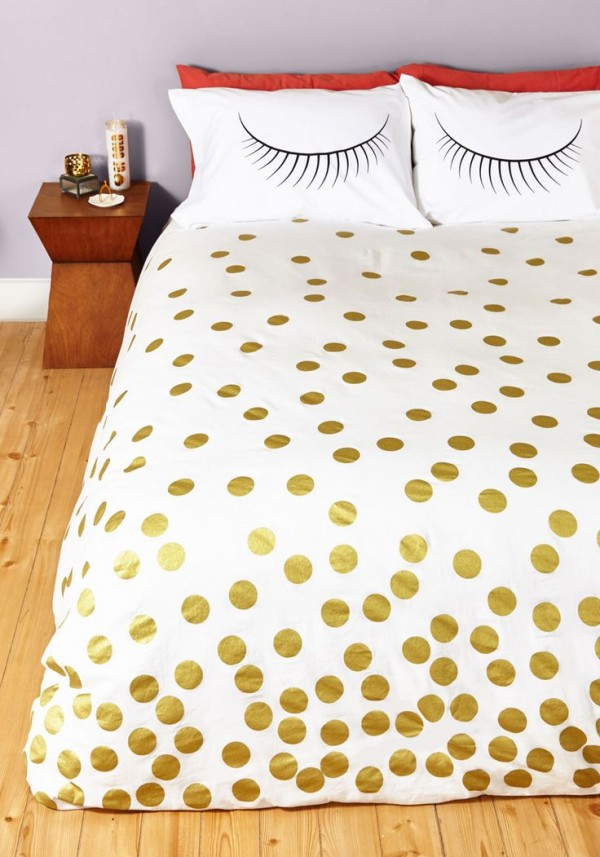 gold bed cover
