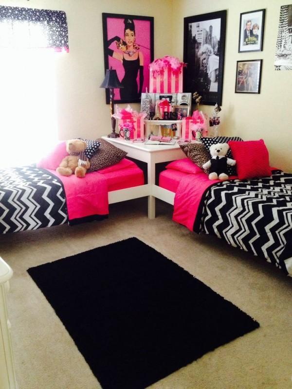 black bedroom13