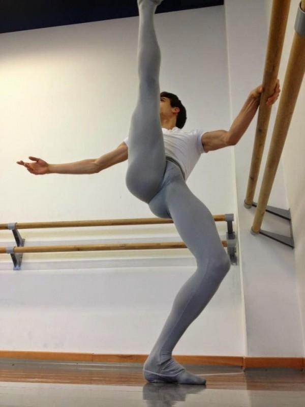 boy ballet