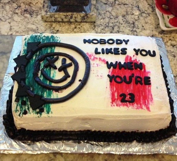 creepy cake16