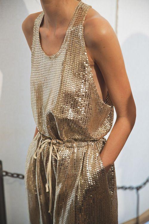 metalic clothes10