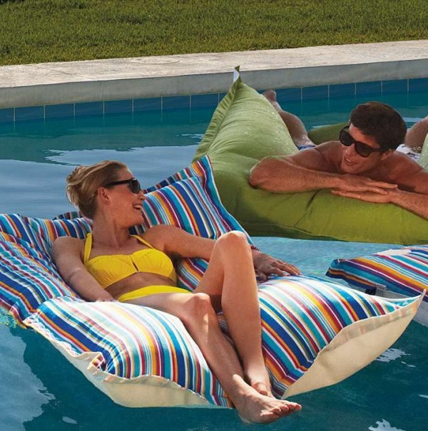 pool floats4
