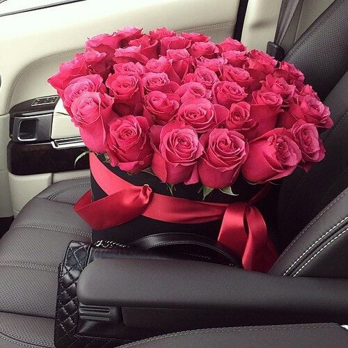 roses car