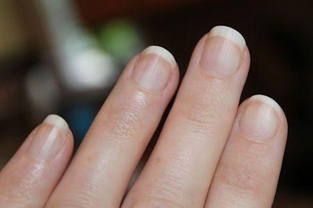 uñas despintadas